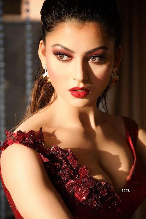 Urvashi Rautela's sun kissed photoshoot is hard to miss
