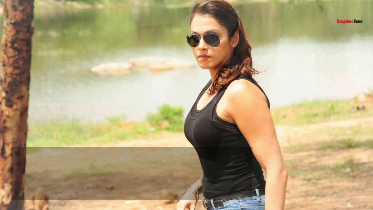 Isha Koppikar on her role in Kavacha