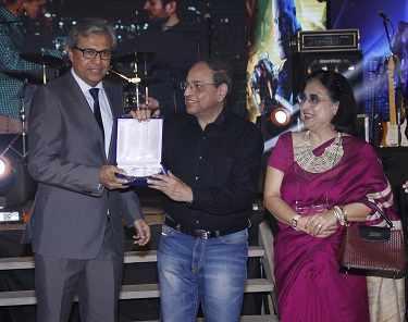 Renji Thomas and Dr Roy Chowdhury with wife