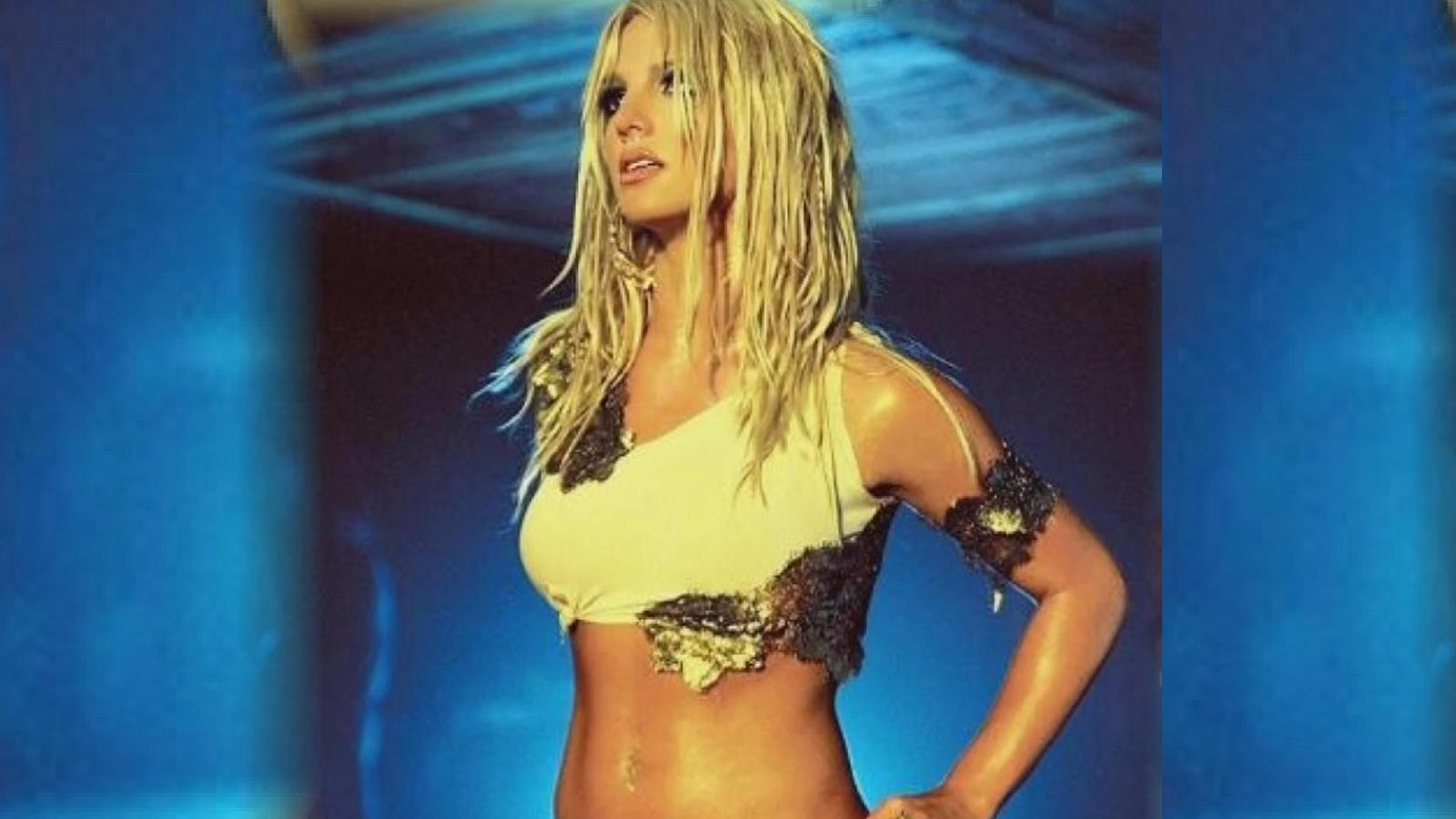 Britney Spears checks into psychiatric facility