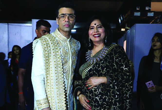 Abha Singh (R) along with Karan Johar at the fashion show (BCCL)