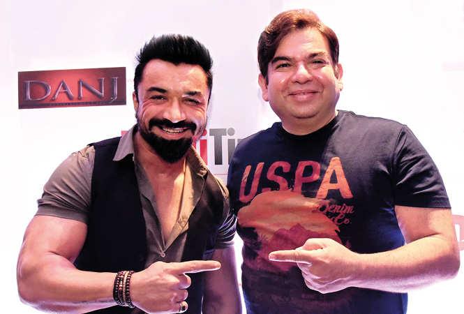 Dinesh-Aneja,-Founder-&-Owner,-DANJ-Entertainment-Inc,-and-Ajaz-Khan