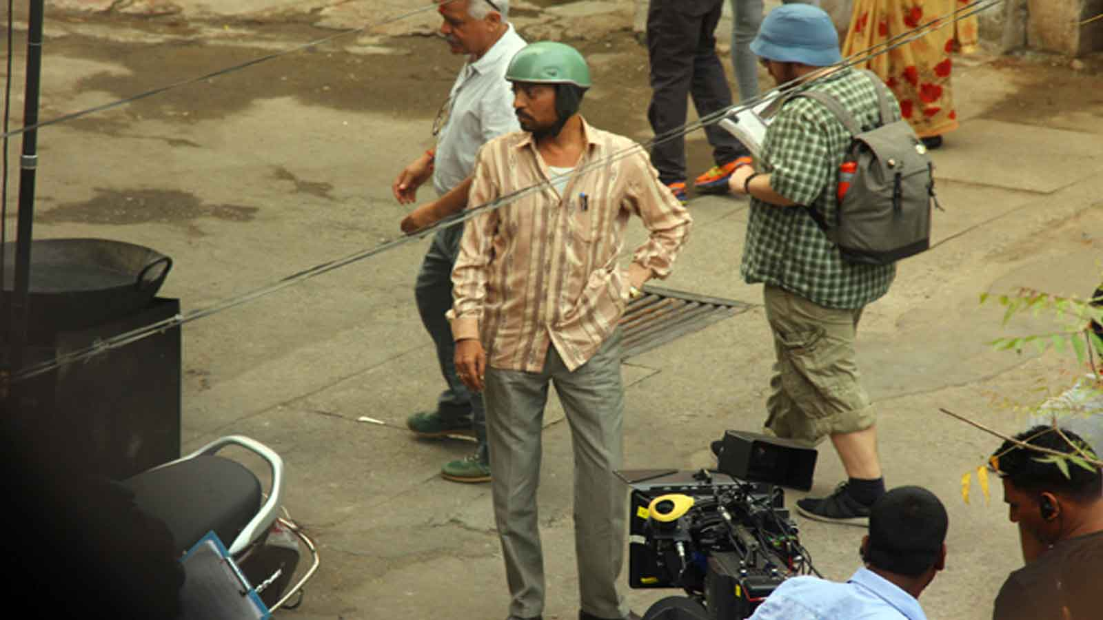 Irrfan Khan shoots on the roads of Udaipur