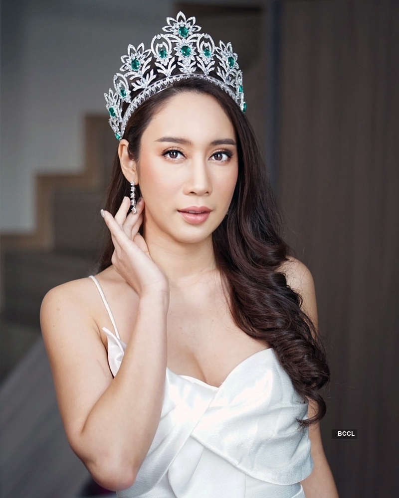 Nampetch Teeyapar crowned Miss Earth Thailand 2019