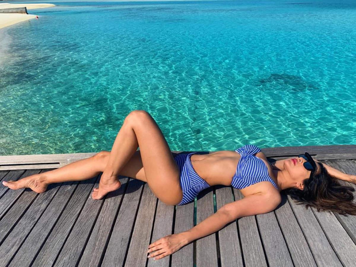 Sophie Choudry bikini