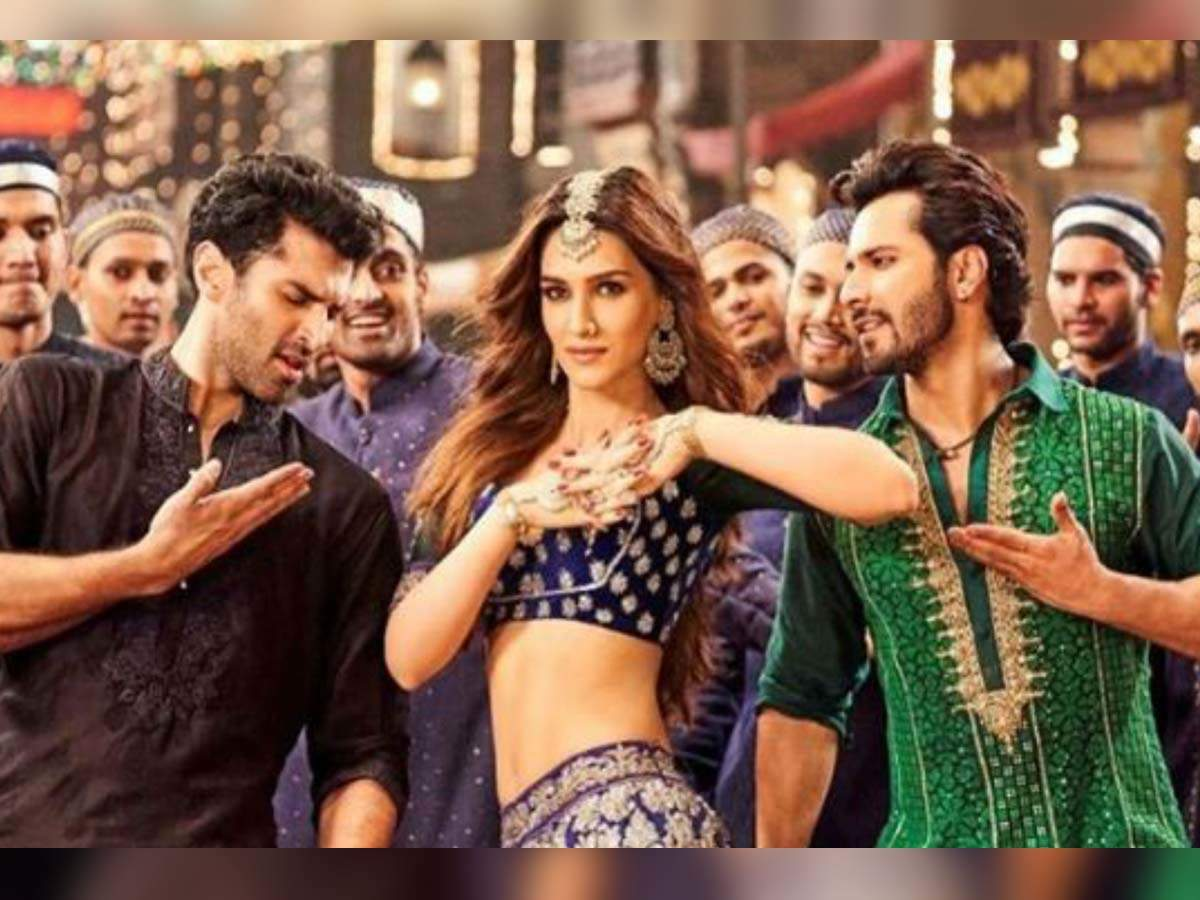 Here's what Kriti Sanon has to say on working with Aditya Roy ...