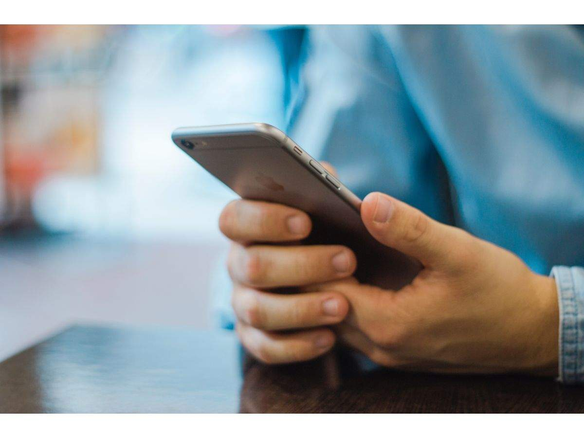 Blue light from smartphones and other devices is the prime concern