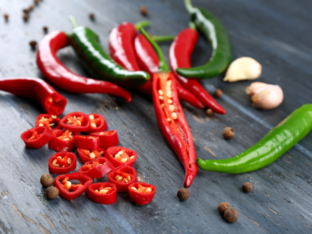Here's why we get runny nose after having spicy food