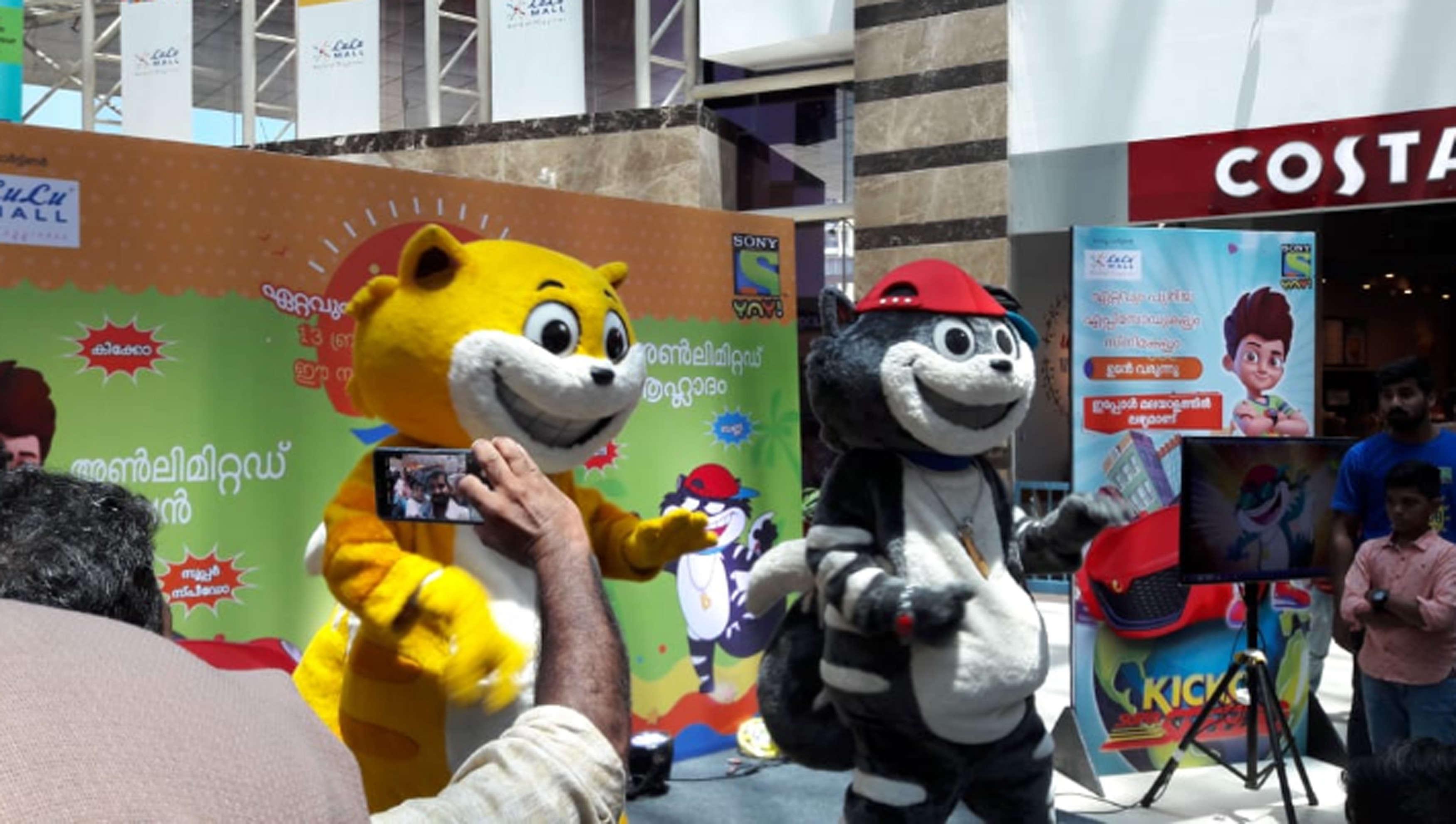 Honey, bunny and Kicko at Lulu Mall-2