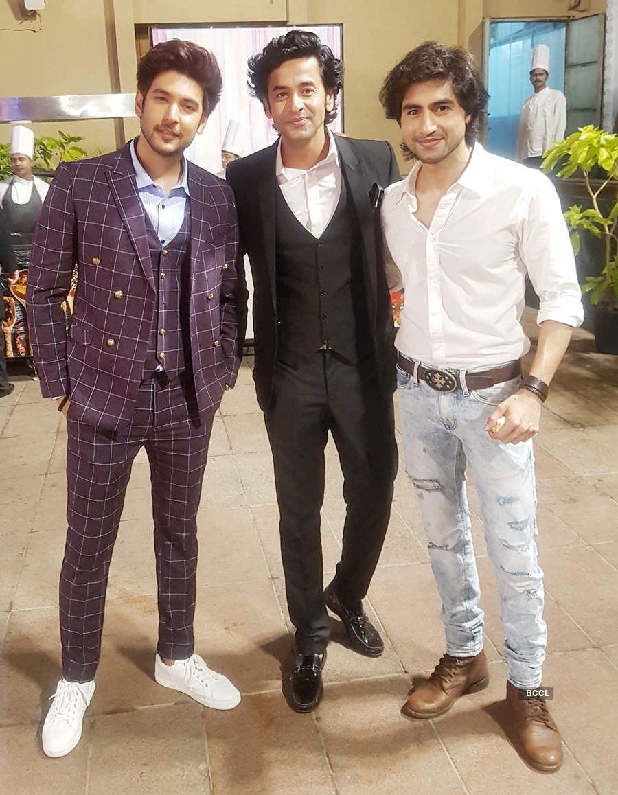 Inside pictures from Ssharad Malhotra and Ripci Bhatia's wedding ceremony