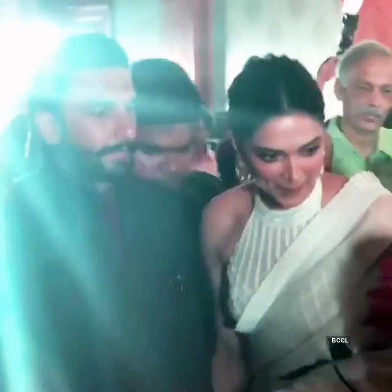 New pictures of Deepika Padukone from Met Gala after-party spark pregnancy rumours