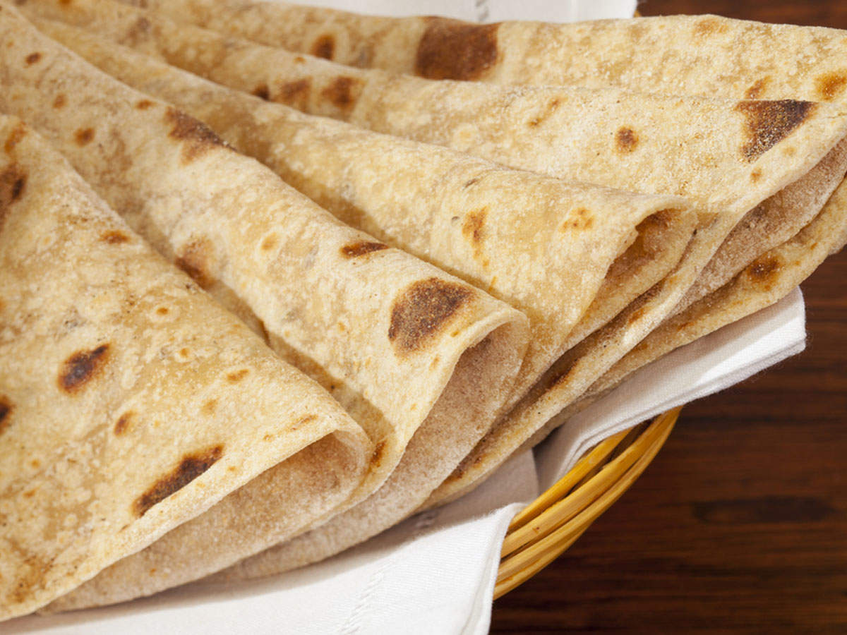 f47fb15d0c38 When no oil or butter is added, chapatis contain lesser amount of calories  as compared to other foods. It is the best food for a weight loss diet.