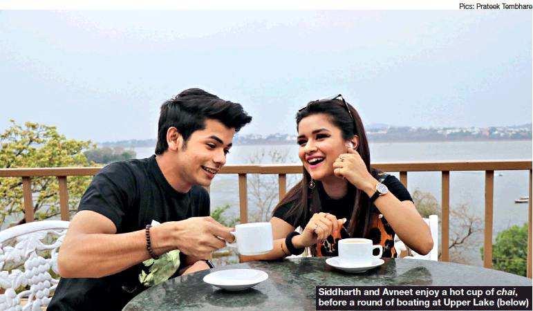 Avneet Kaur and Sidharth Nigam in Bhopal2