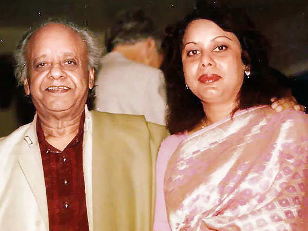 Ustad Allarakha with daughter Khurshid Aulia