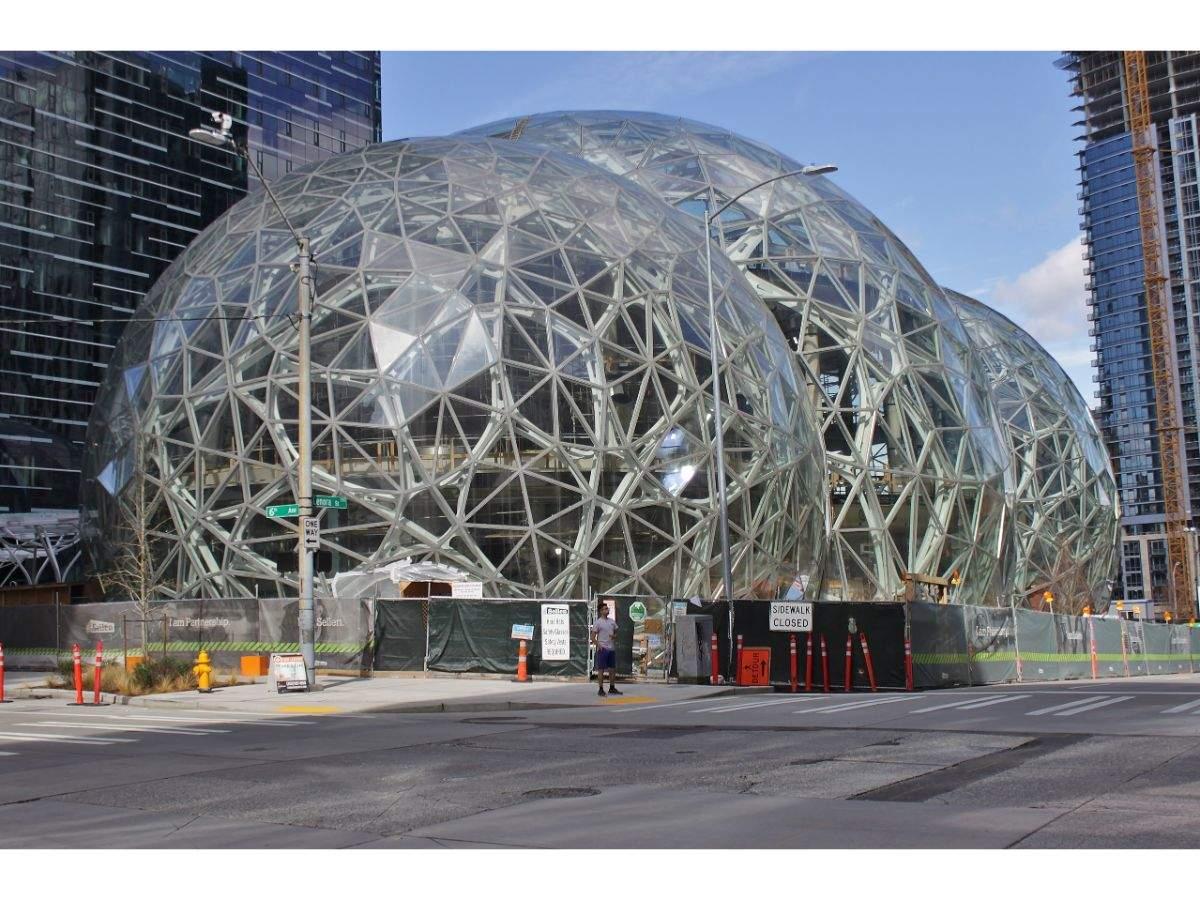 A sprawling Amazon campus in Seattle: Worth $4 billion