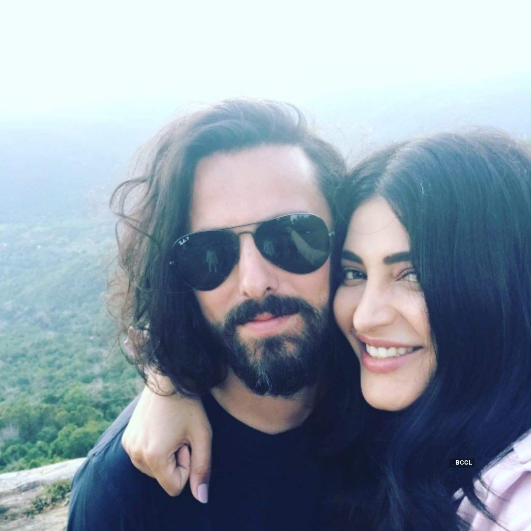 Actress Shruti Haasan breaks up with boyfriend Michael Corsale