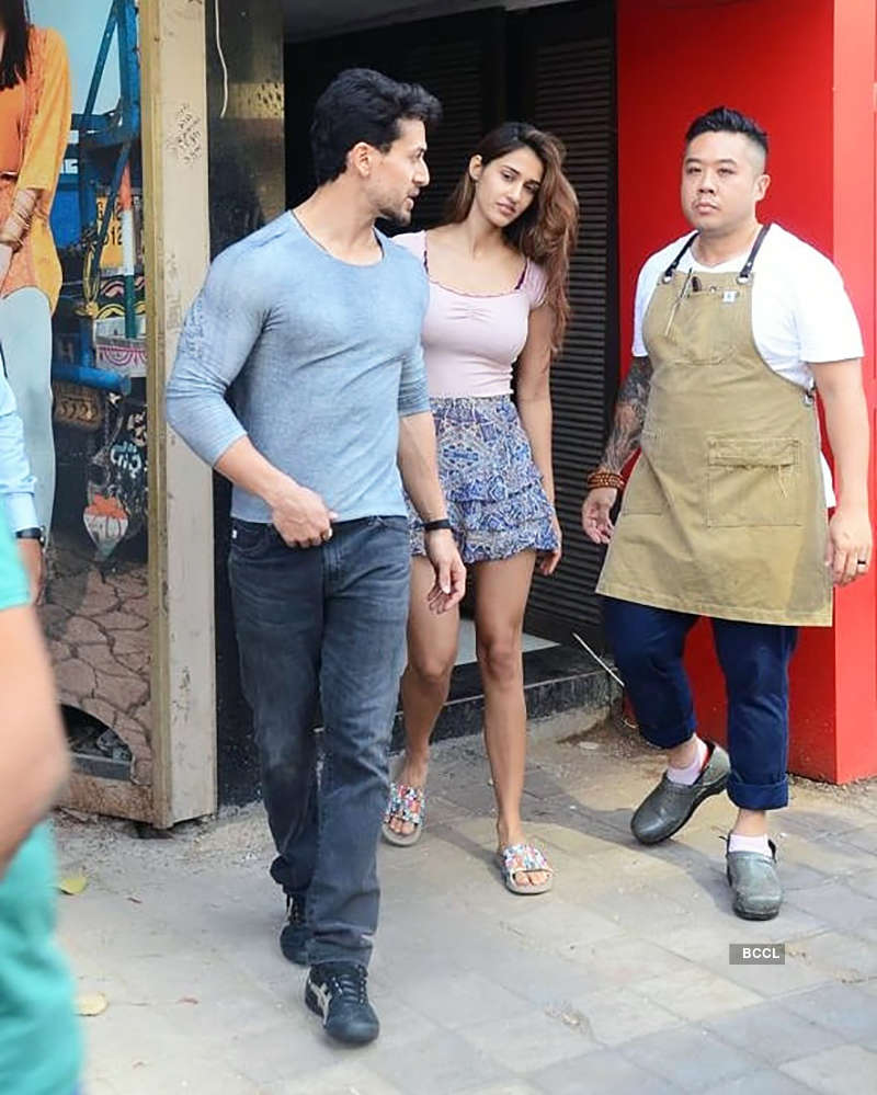 Tiger Shroff and Disha Patani turn heads, step out in style on their lunch date