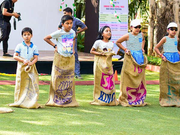 Kids-enjoying-grassroot-games