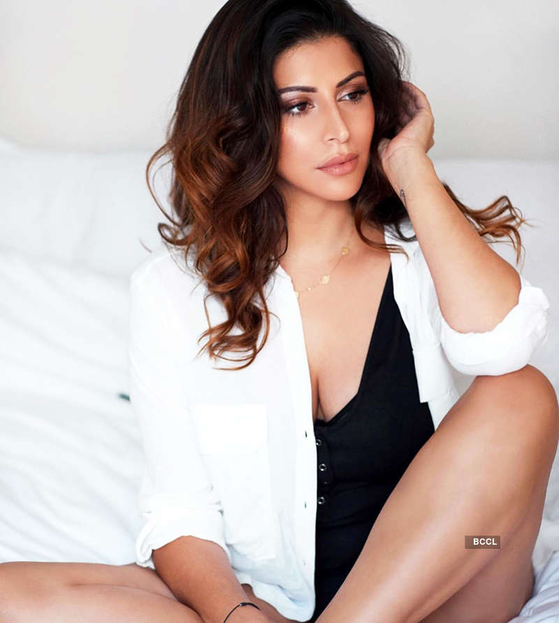 Bewitching photoshoots of IPL anchor Karishma Kotak you simply can't miss!