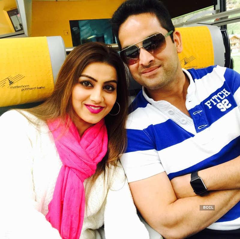 Famous television couple Vikaas Kalantri and Priyanka Kalantri expecting their first child