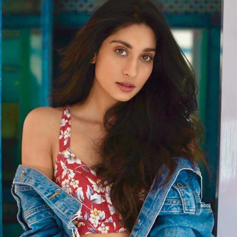 Meet Poonam Dhillon's daughter Paloma, the new star kid on the block