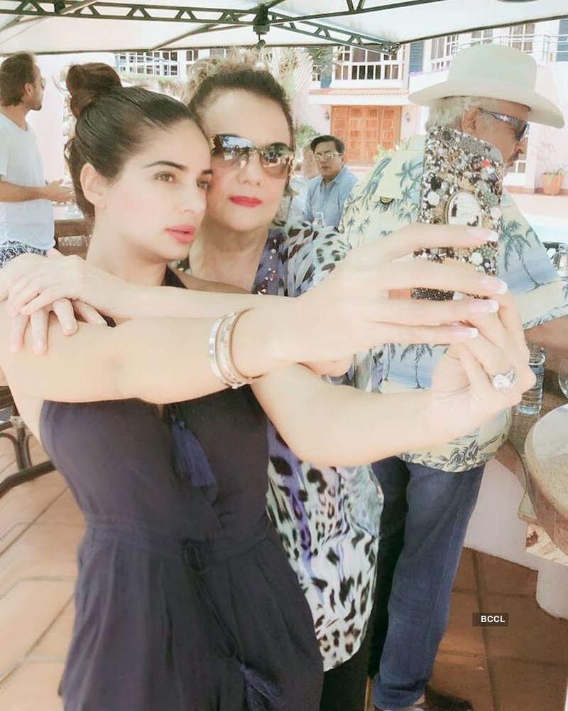 Mumtaz and Tanya Madhvani