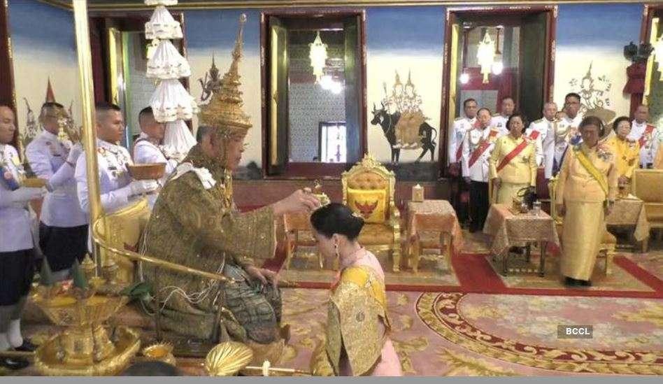 Thailand King Maha Vajiralongkorn crowned in elaborate ceremony