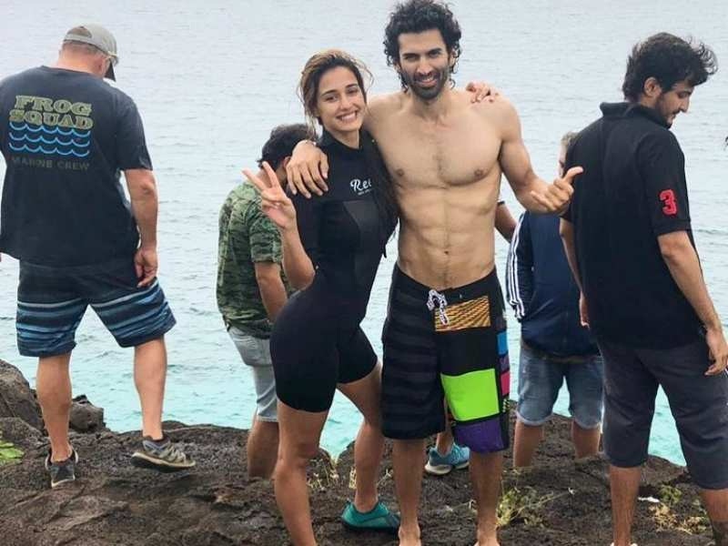 Malang Disha Patani Shares A Bts Photo Featuring Co Star Aditya Roy Kapur