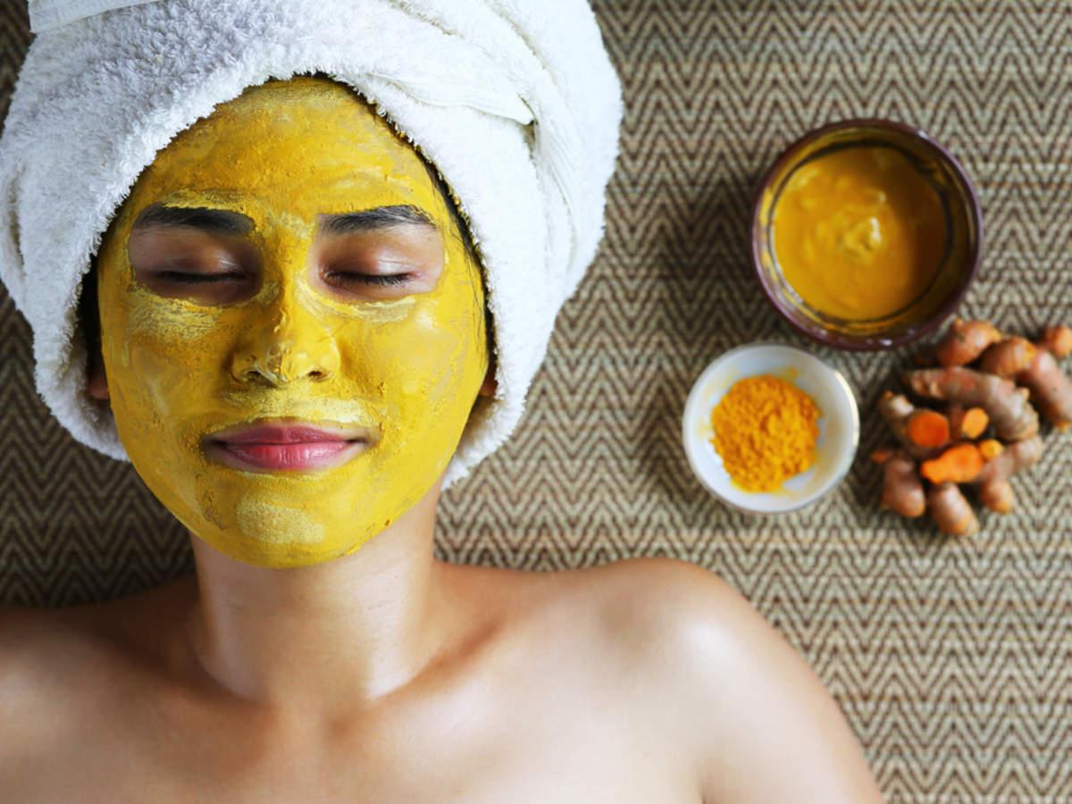Lemon juice and turmeric mask