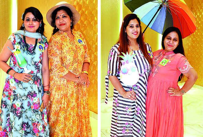 (L) Sudha Gupta and Neelam Gupta (R) Twinkle Bhatia and Bhawana Mehta (BCCL/ IB Singh)