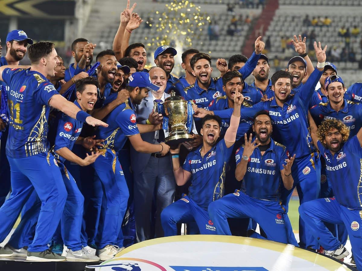 Photos Mumbai Indians Win Fourth Ipl Title By Defeating Chennai Super Kings By 1 Run Mumbai Mirror