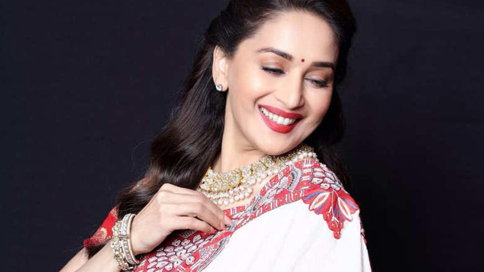 31 unknown facts about birthday girl Madhuri Dixit