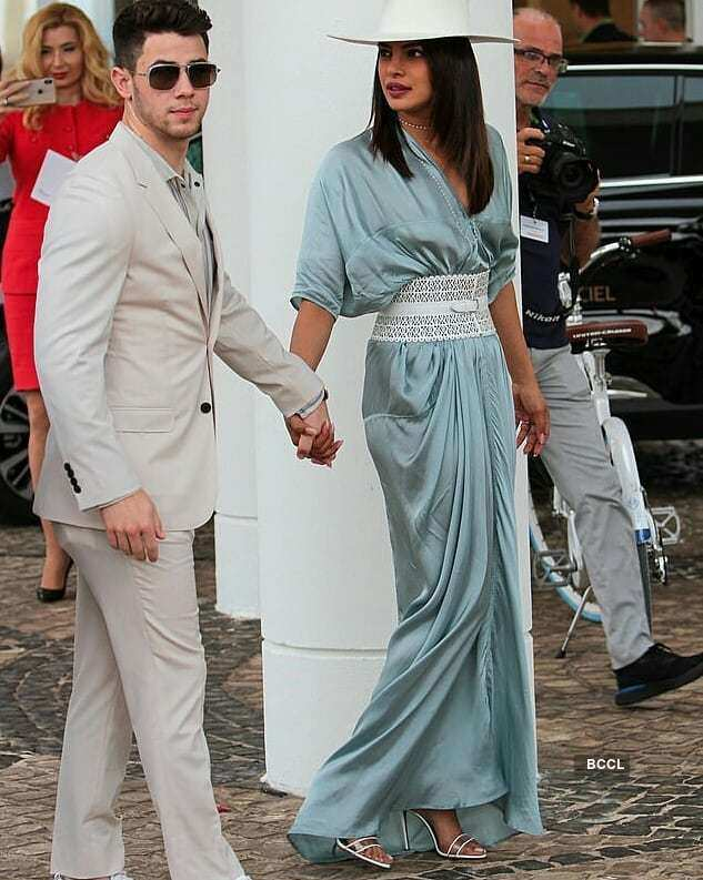 Pictures from Priyanka Chopra and Nick Jonas's first date go viral...