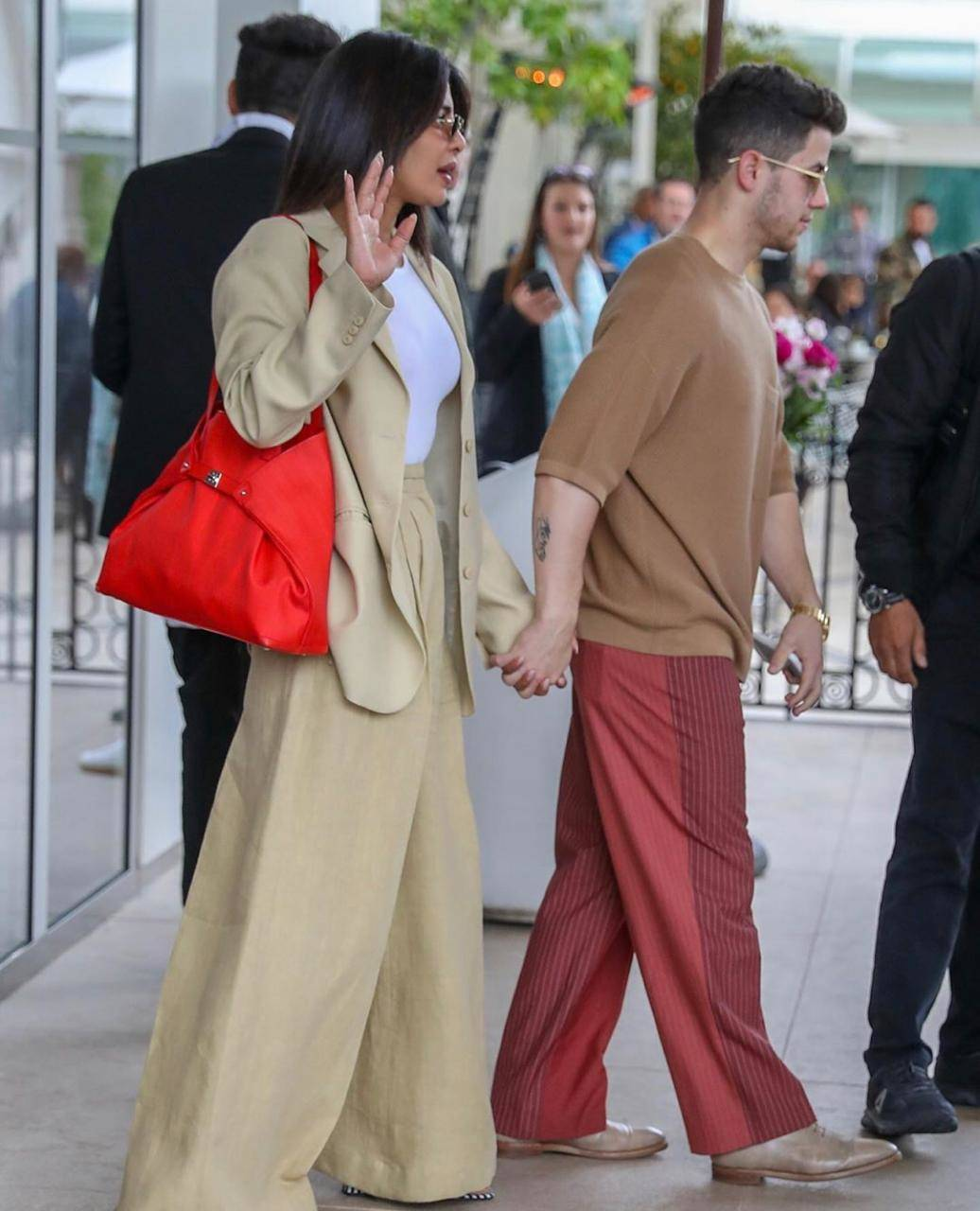 Priyanka Chopra and Nick Jonas 4.