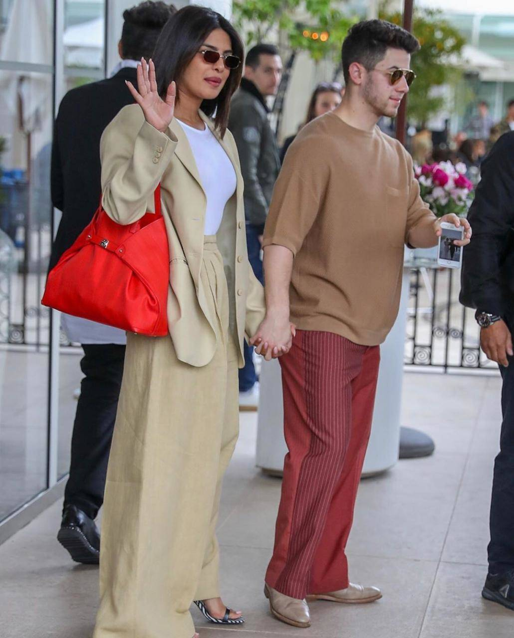Priyanka Chopra and Nick Jonas 5.