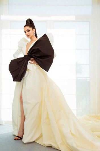 Deepika Cannes 2019 (3).