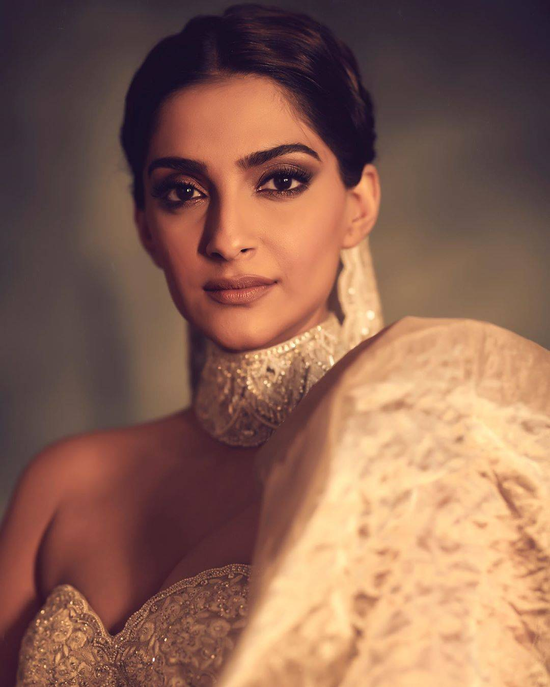 Sonam after party (1)