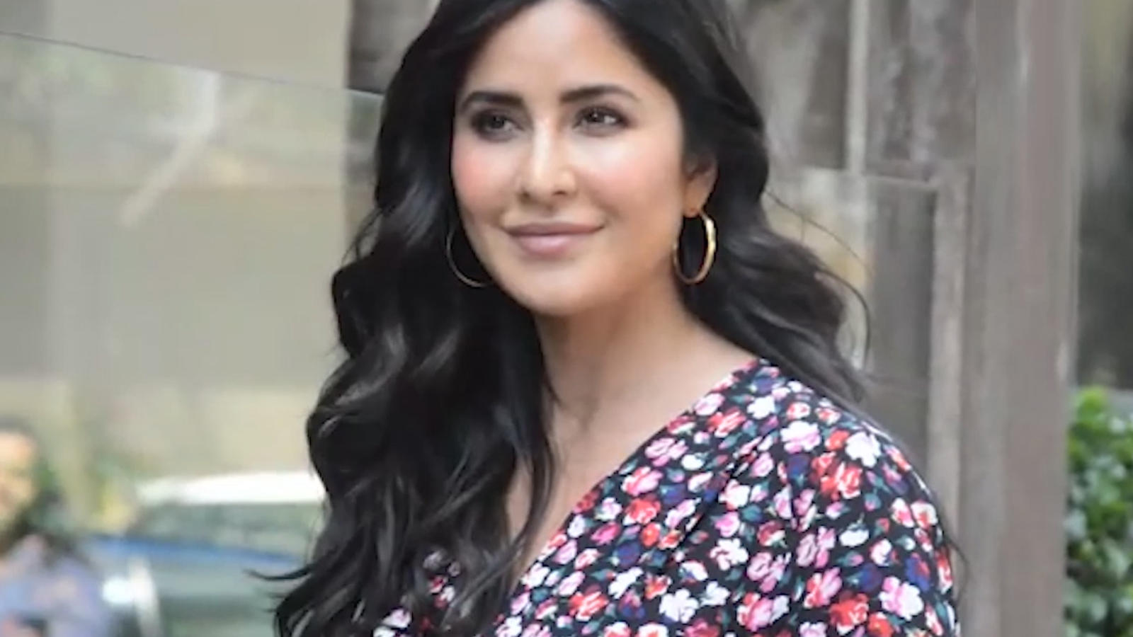 'Bharat' promotions: Katrina Kaif looks as fresh as morning dew in floral print dress