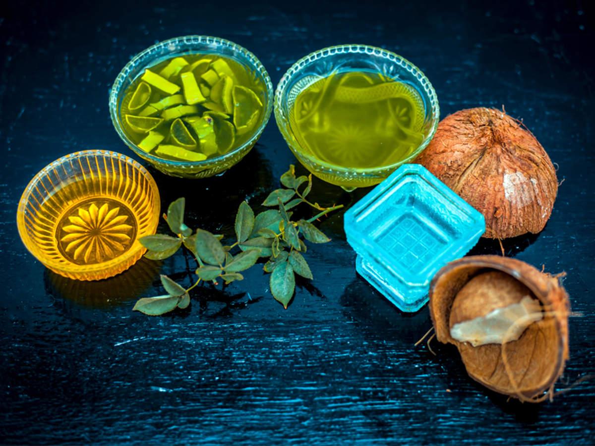 Aloe-vera-and-coconut-oil-mask