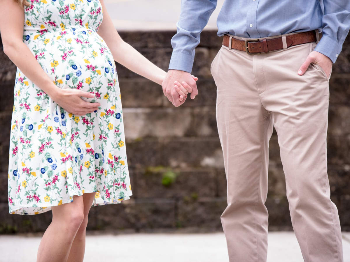 23 weeks pregnant: Keep a check on your posture! - Times of India