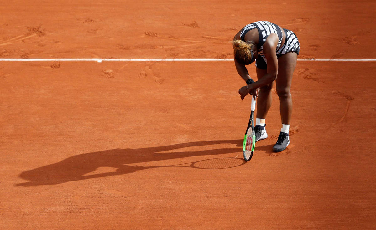 Serena struggles in round one of French Open