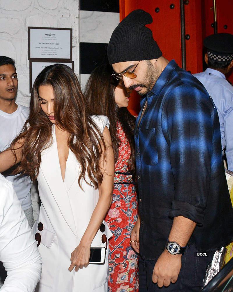 Arjun Kapoor blasts a troll for comparing Sridevi & Boney's relationship to his with Malaika Arora