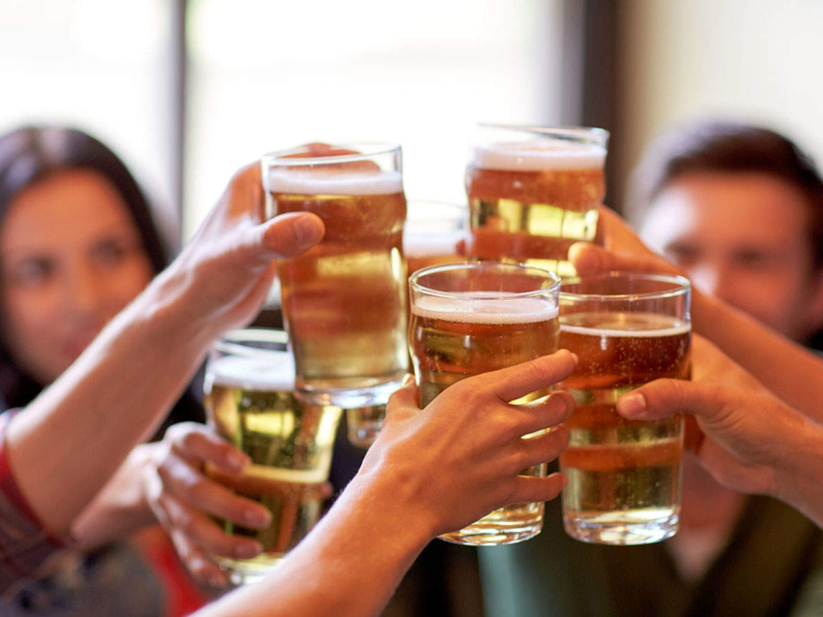 10 foods you should eat before consuming alcohol | The Times of India