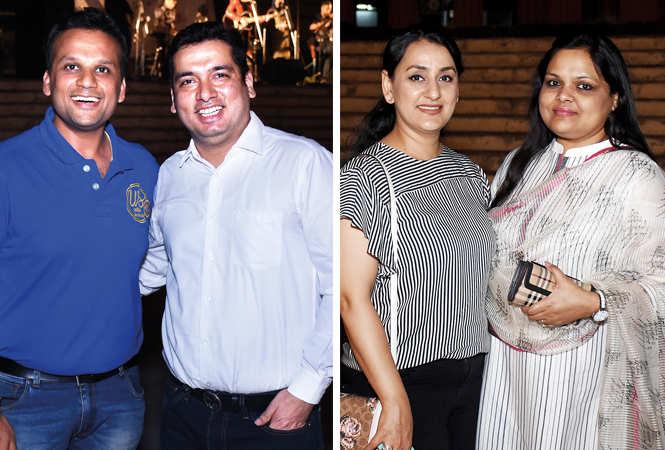 (L) Khushal and Yogesh (R) Meena Bajaj and Shikha Agarwal (BCCL/ Vishnu Jaiswal)