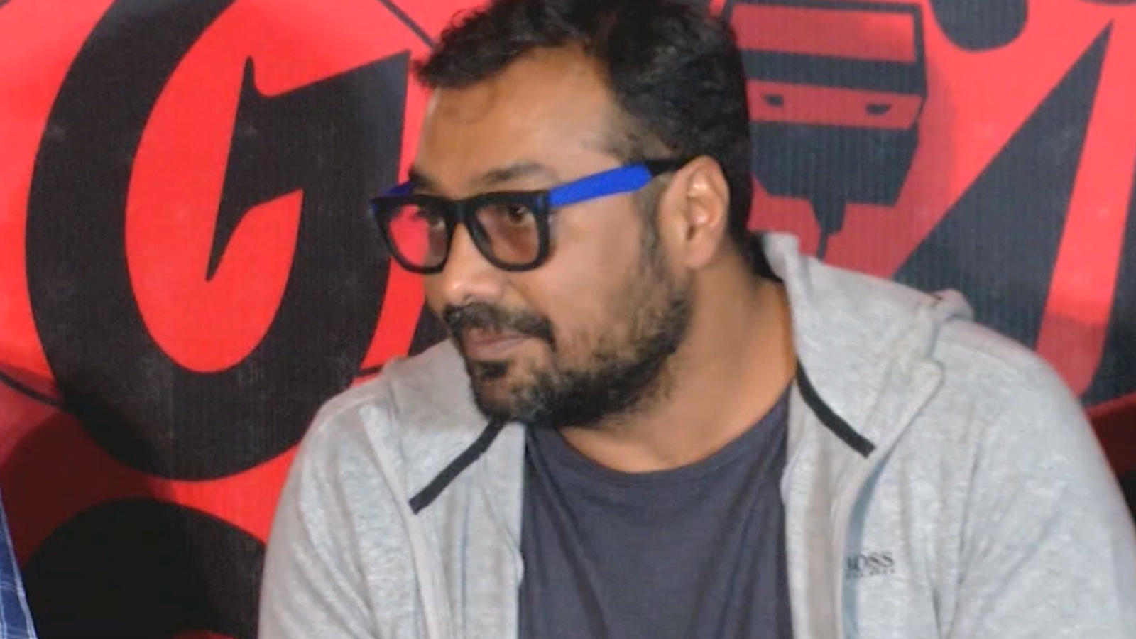 Anurag Kashyap reacts to his ongoing row with paparazzi