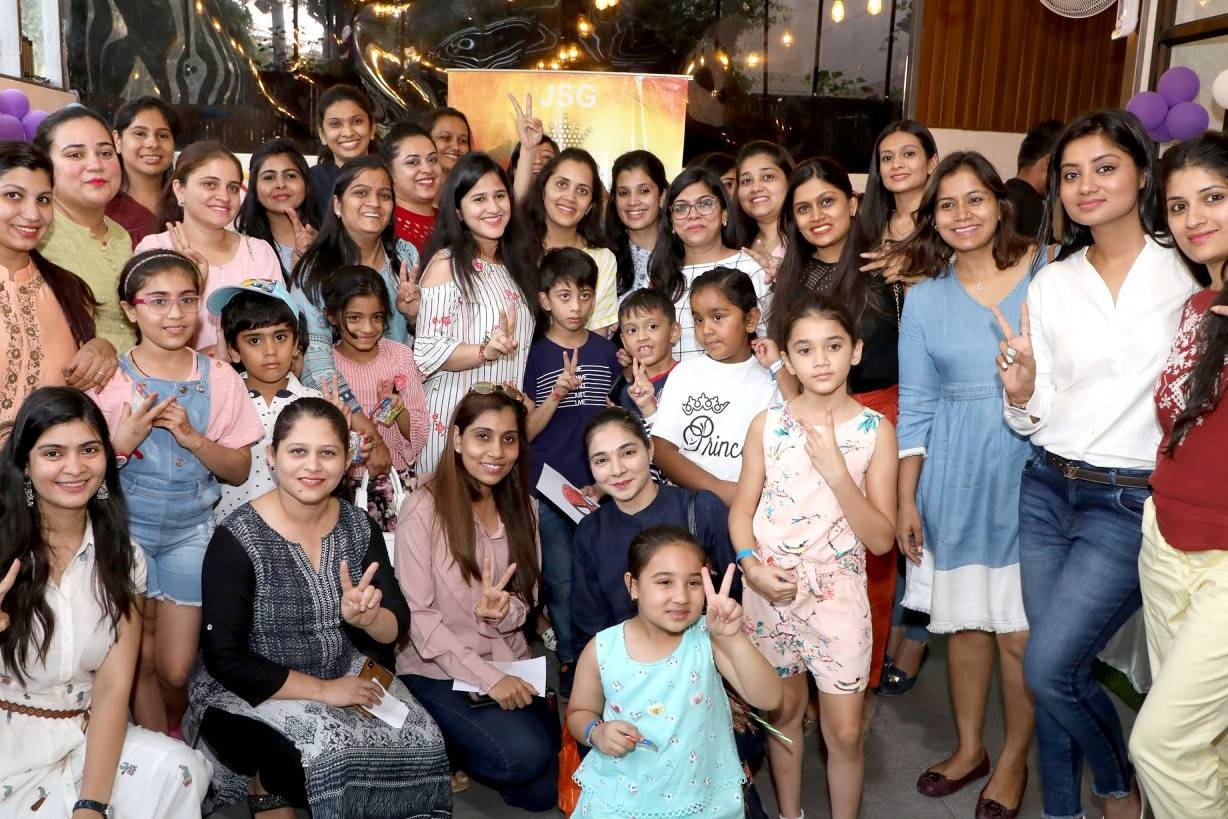 Mom and child play date Jain Social Group party (1)