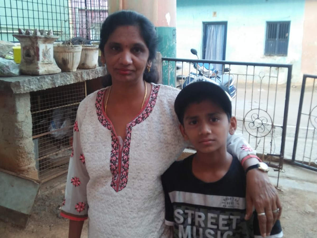 Bangalore: Teenaged girl films father hanging son to death in