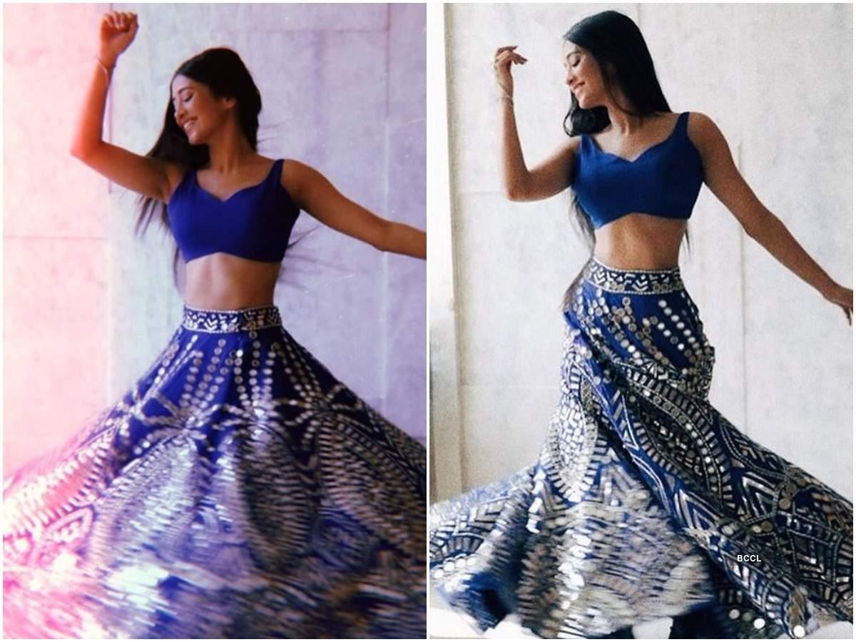 Yeh Rishta Kya Kehlata Hai's Shivangi Joshi looks beautiful as she twirls in blue lehenga; see pic