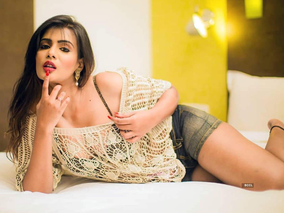 Beauty queen Meera Mitun dethroned over fraudulent activities