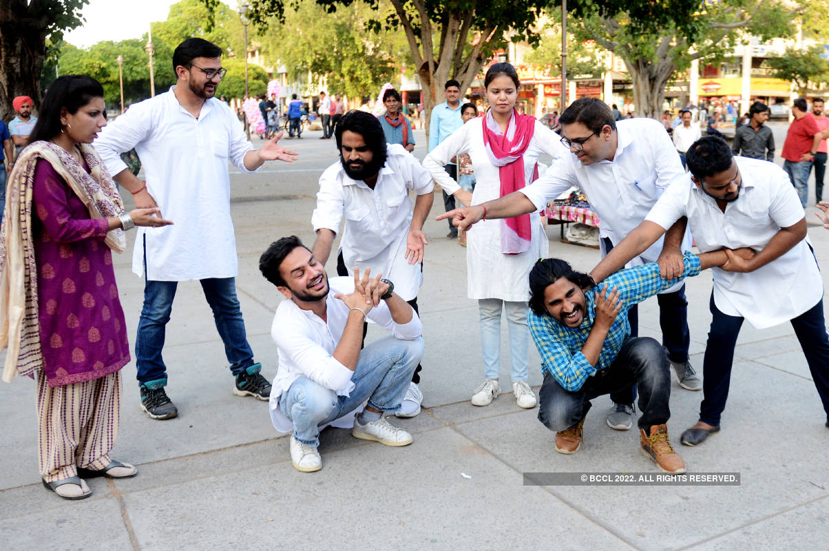 Artistes present an awareness programme on 'World No Tobacco Day'